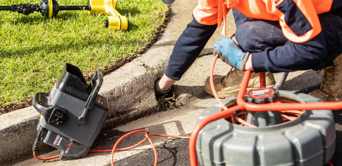 clearing blocked drains